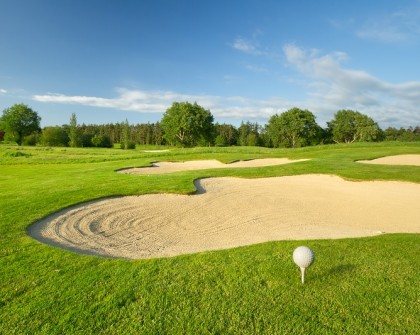 Golfing: Golf Course
